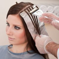 Сонник волосы стричь и красить