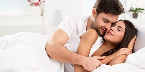 К чему снится в постели с другом фото