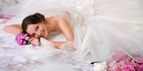 Сонник одевать свадебное  замужней женщине