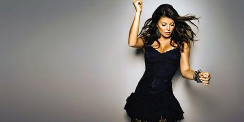 Видеть себя в черном платье в зеркале